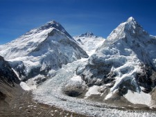 Everest 2014: The Migration Continues