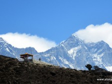 Plumes off Everest and Lhotse