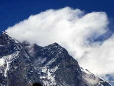 Everest 2018: Summit Wave 8  - Winds Picking Up