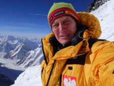 Winter K2 - Denis Urubko Abandons Summit Effort, Leaves Team