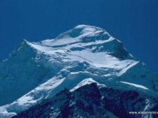 Climber Selfishness Causes China to Close Autumn Climbs