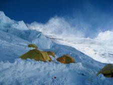 Virtual Everest 2020: A Stormy Lhotse Face