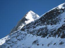 Everest 2021: Summit Wave 2 - Update 2