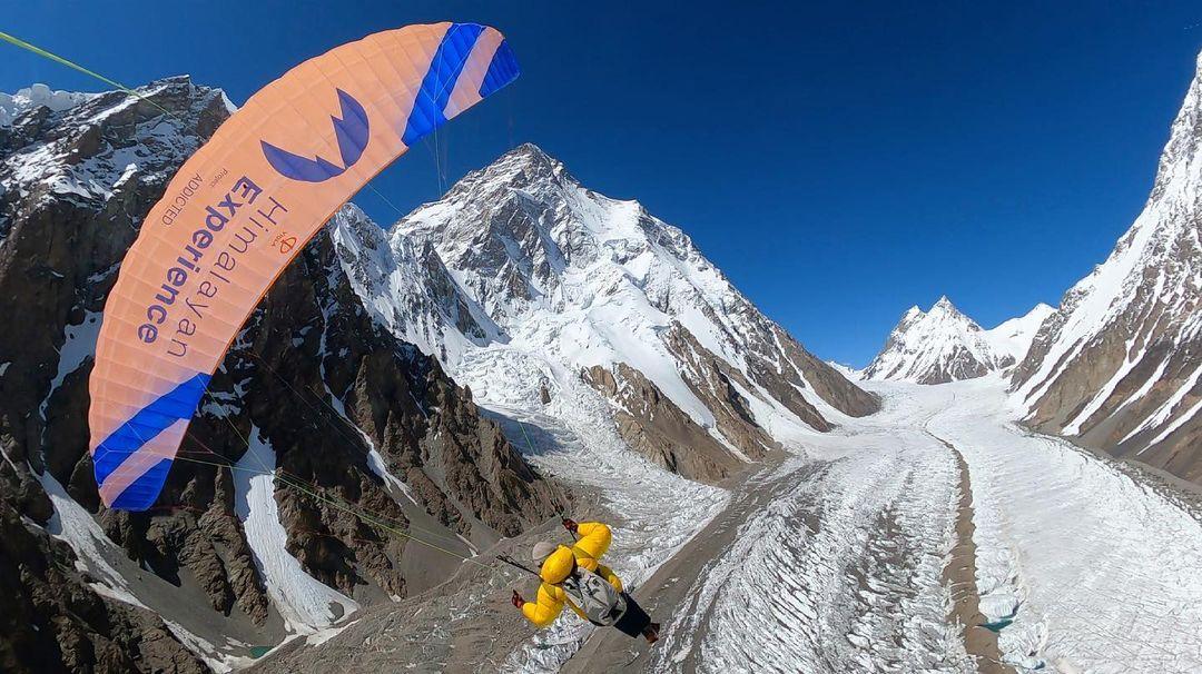 Paragliding off Broad Peak. Courtesy of Stephan Keck