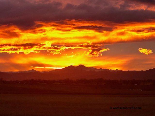 Longs Peak sunset January 19, 2019